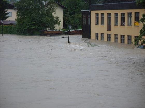 chronik_hochwasser_2002_560x420